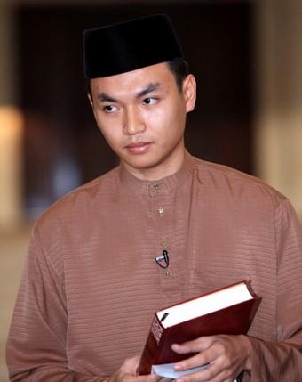 Saiful Bukhari Azlan Bekas Pembantu Anwar